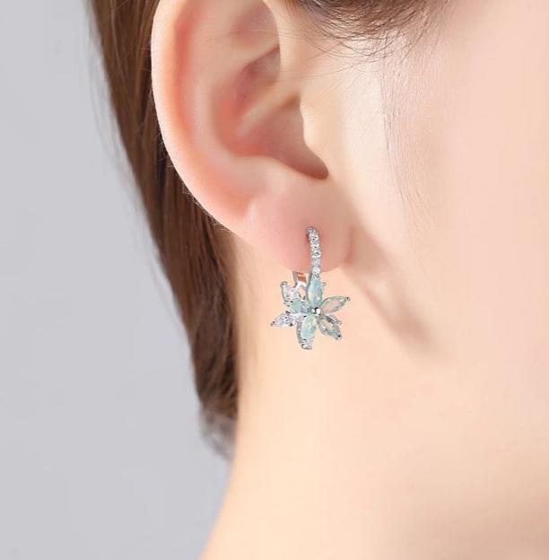 Romantic Lovely Clear Stone Flower Shape Convenient Simple Stud Earrings-Specialty Gifts