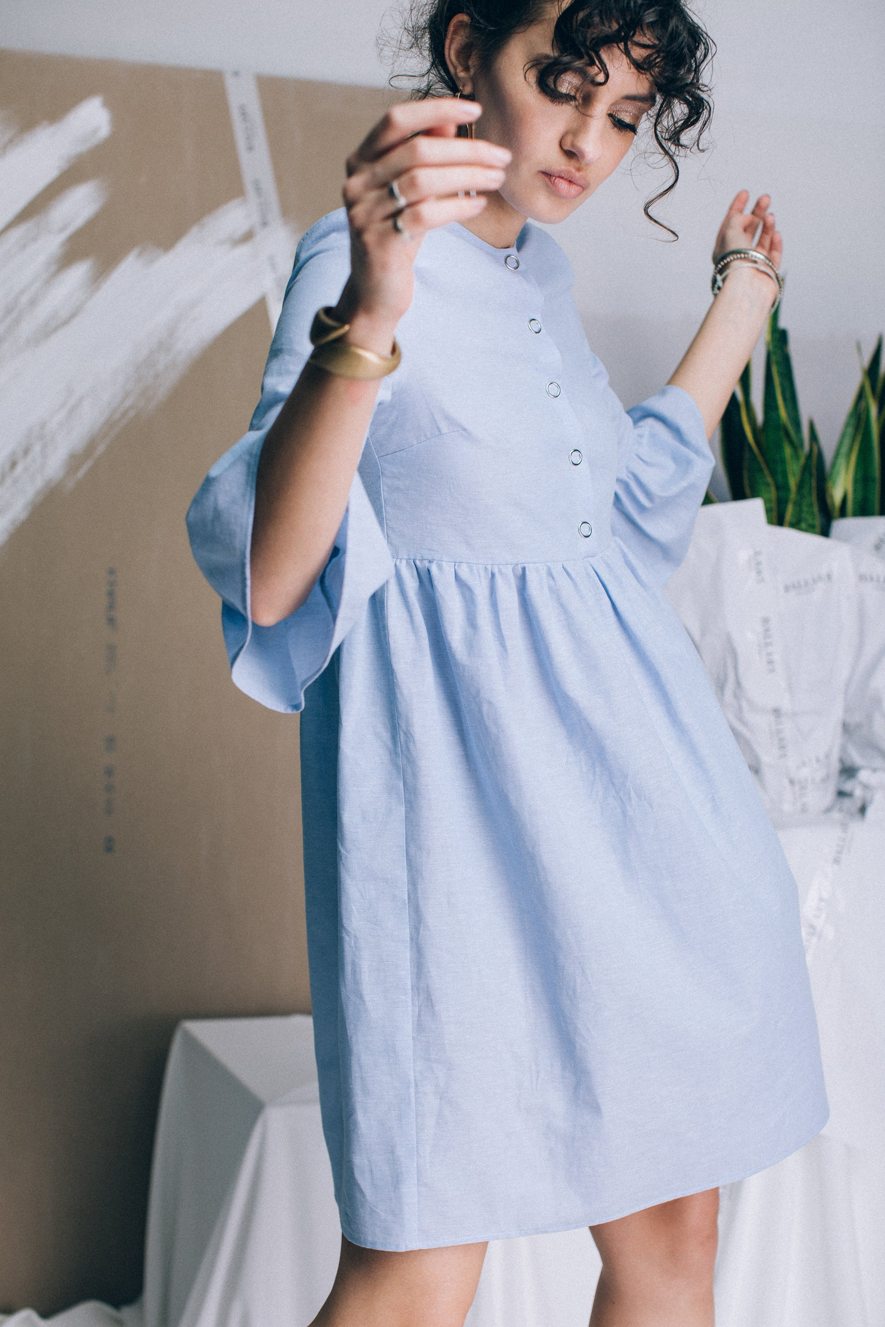 Linen dress with short sleeves