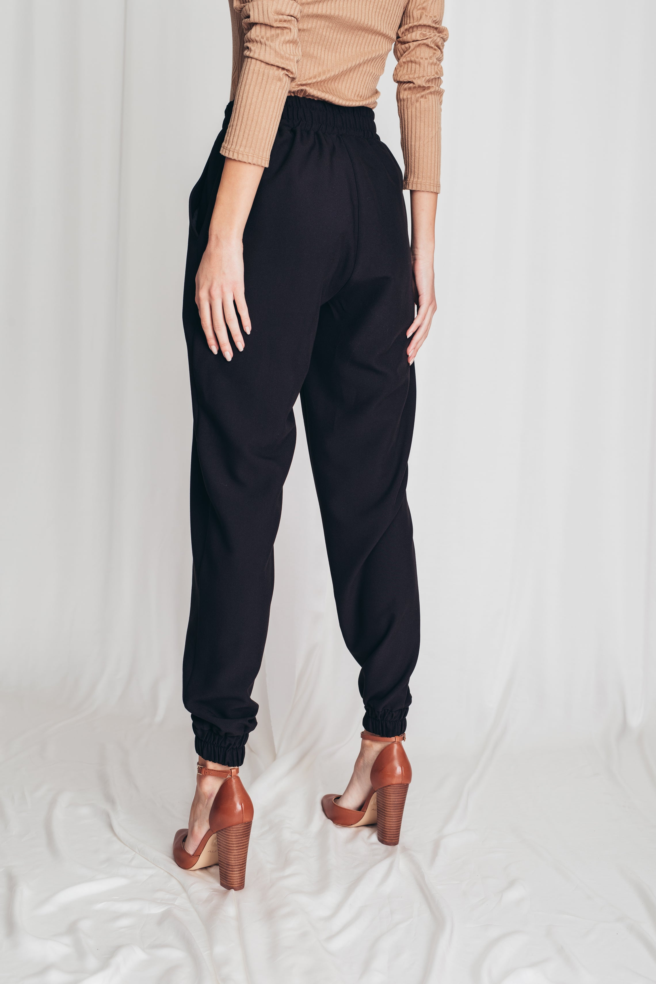 Slouchy jogging trousers