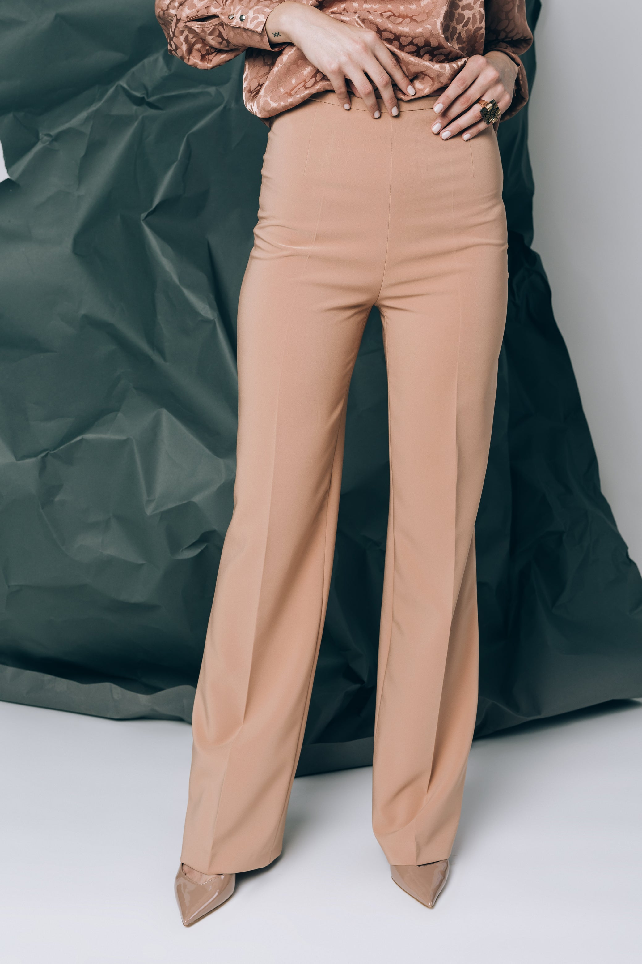 Camel wide-leg trousers