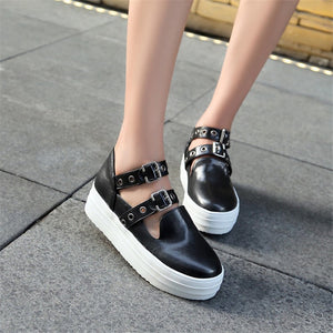 Women's PU(Polyurethane) Spring &  Fall Sneakers Flat Heel Round Toe Rivet / Buckle Black / Gray / Army Green - Vipbeautycompany