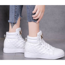 Load image into Gallery viewer, Women's PU(Polyurethane) Spring &  Fall Sneakers Flat Heel White / Black - Vipbeautycompany