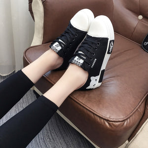 2019 Women Vulcanized Sneakers Breathable Flat Casual White Shoes Cat Woman Spring and Autumn Canvas Shoes White Black - Vipbeautycompany