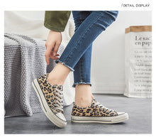 Load image into Gallery viewer, Leopard Canvas Shoes Women Flat Platform Sneakers Women Casual Shoes Woman High Top tenis mujer casual - Vipbeautycompany