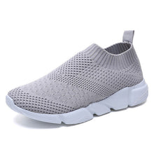 Load image into Gallery viewer, Women Shoes 2019 New Flyknit Sneakers Women Breathable Slip On Flat Shoes Soft Bottom White Sneakers Casual Women Flats Krasovki - Vipbeautycompany