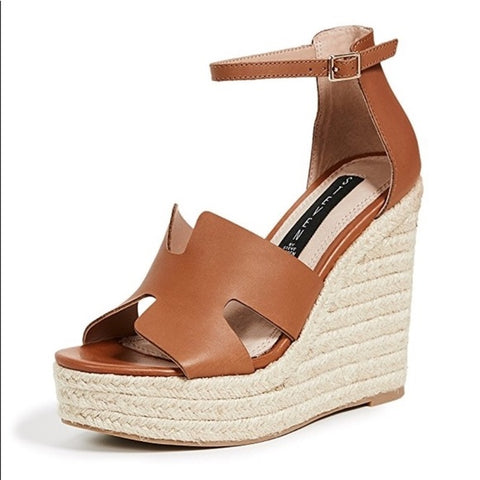Steve Madden Tan Wedge