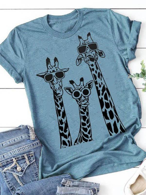 Ladies Round Collar Sunglasses Giraffe Printed Short Sleeve T-shirt