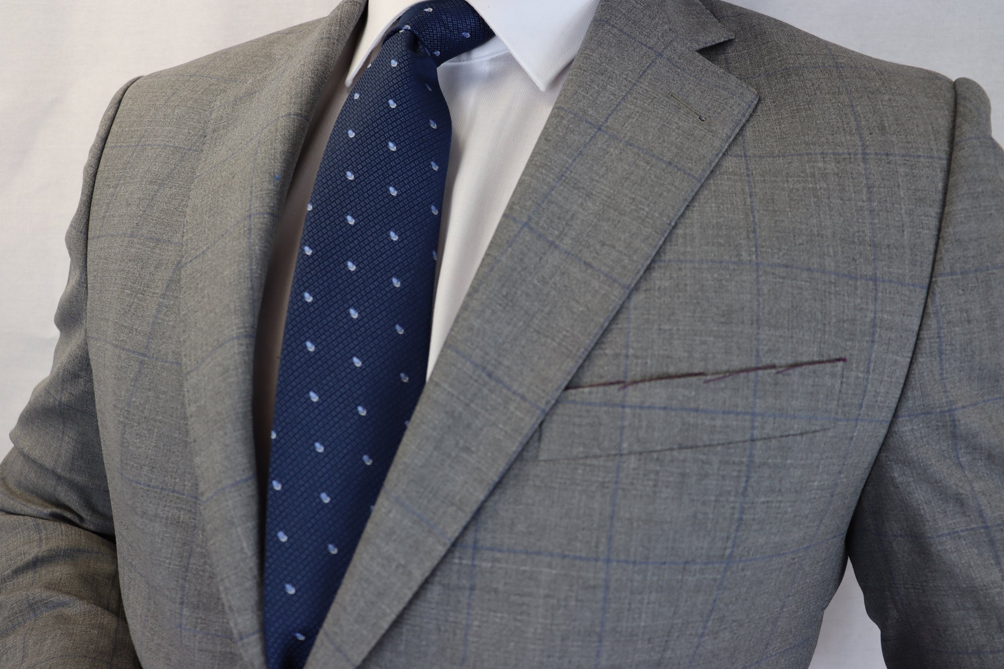 Feraud Reda Grey Check Super 130s Half Canvassed Fine Wool Suit