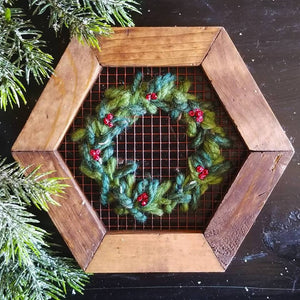 Evergreen Wreath Wire Embroidery Kit