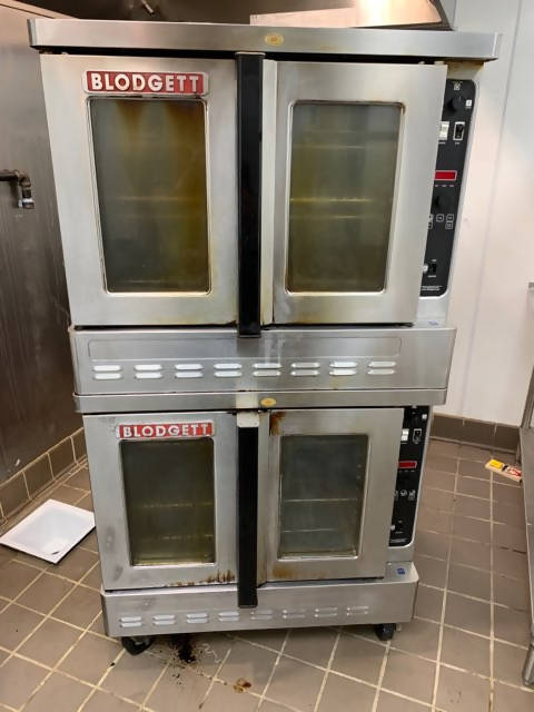 Blodgett Gas Double-Deck Convection Oven - CHEFMARK1