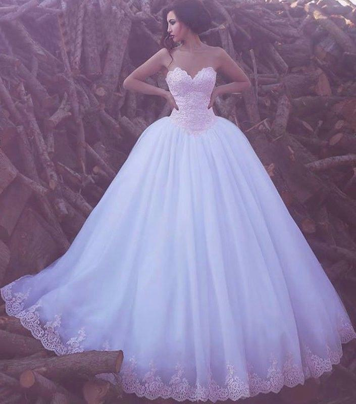 Ball Gown Wedding Dresses Sweetheart Floor-length Lace Big White Bridal Gown JKW167