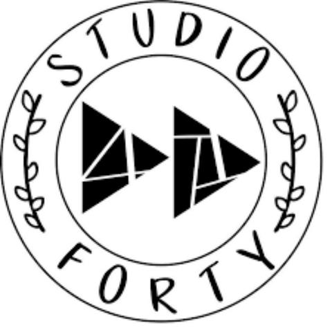 Studio Forty Super