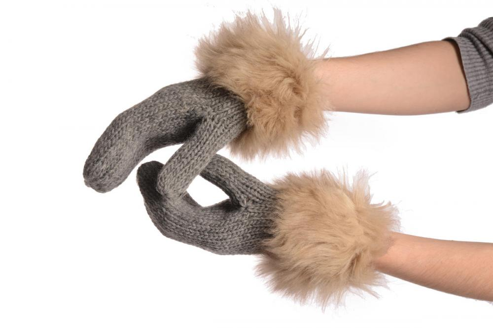 Grey Knitted With Faux Fur Mittens
