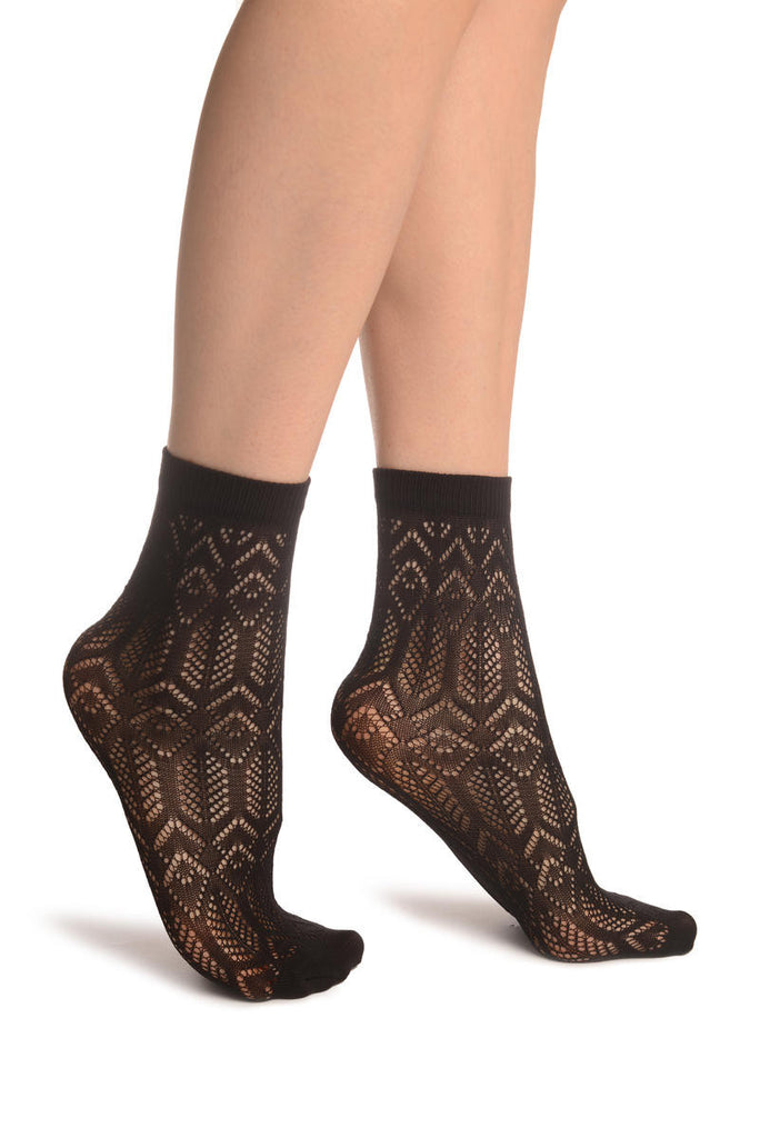 Black Geometrical Crochet Lace Ankle High Socks