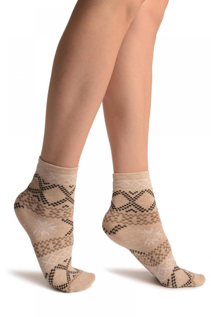 Beige With Nordic Pattern Ankle High Socks