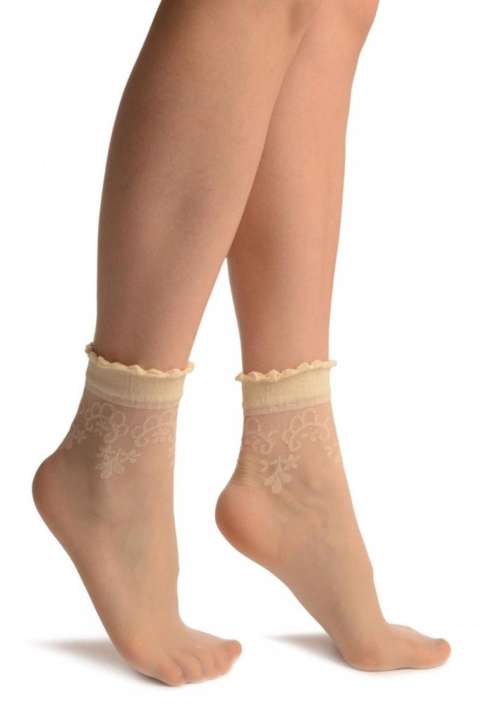 Cream With Large Woven Flowers Top Ankle High Socks