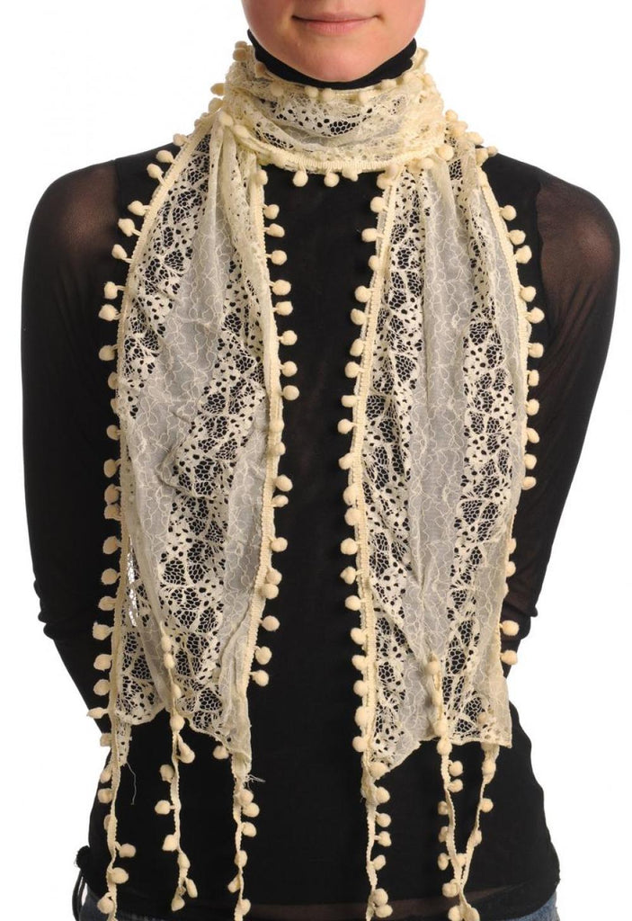 Cream Vintage Lace With Soft Pearls