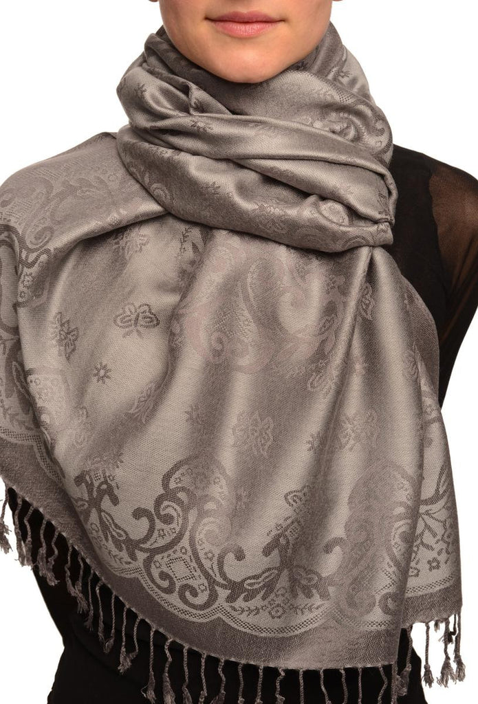 SF002532 Small Butterflies On Light Grey Pashmina With Tassels