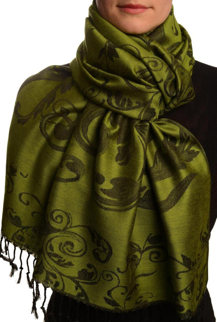 Fern Leaves On Green Pashmina With Tassels