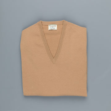 William Lockie Oxton Cashmere V-Neck Camel