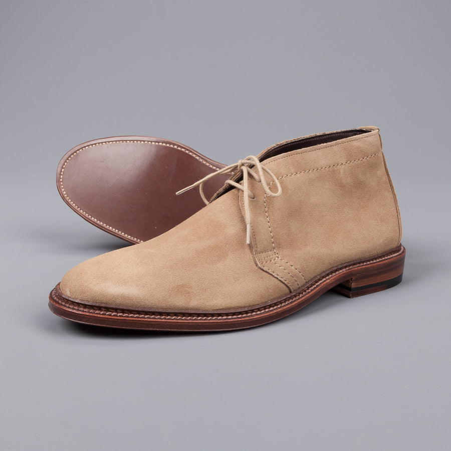Alden chukka in unlined dark tan suede