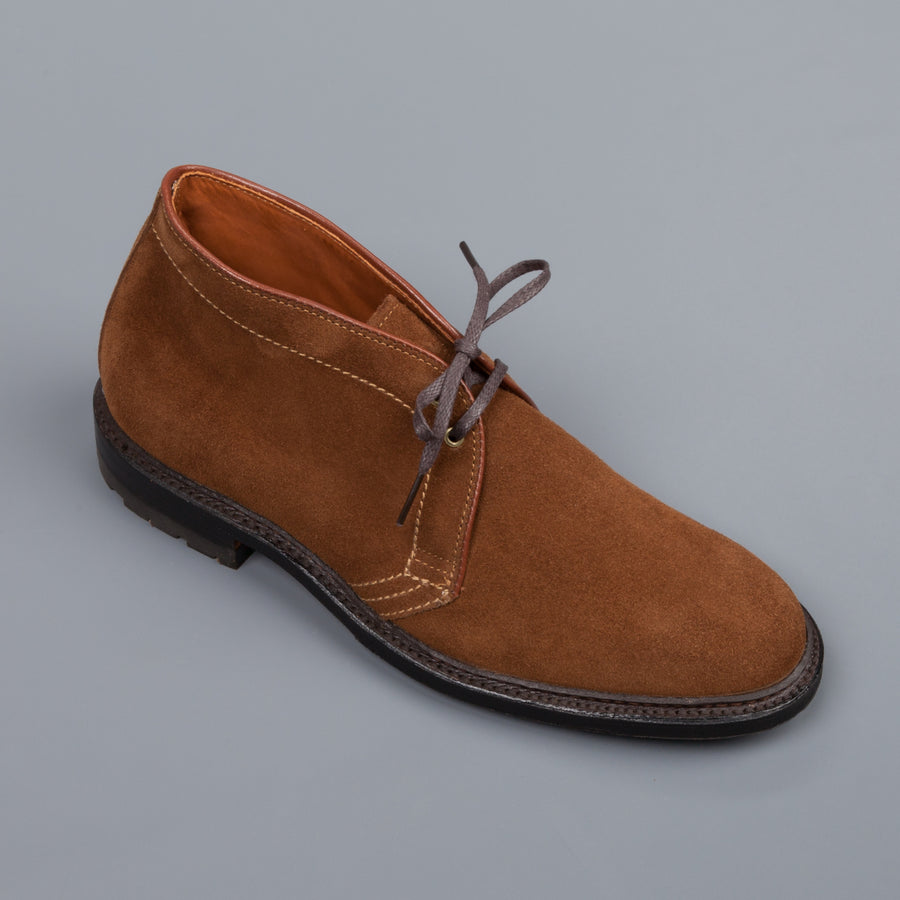 Alden snuff suede chukka on commando sole