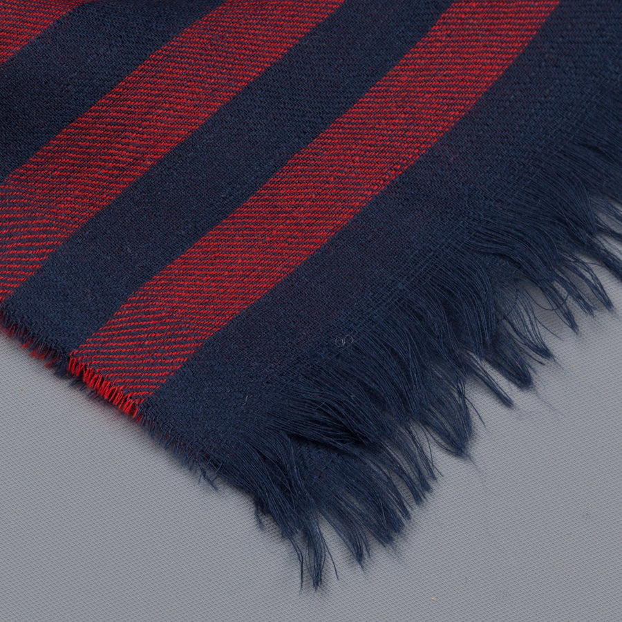 Alex Begg Wispy woven stole cashmere Gill in Red
