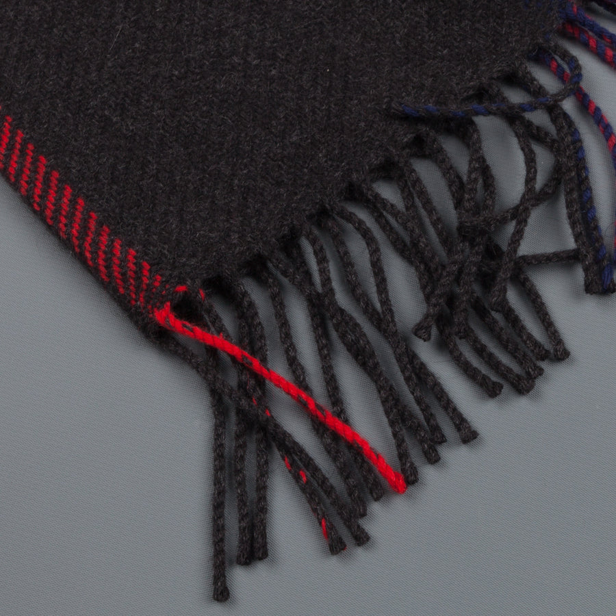 Alex Begg Jura scarf Neidpath Charcoal