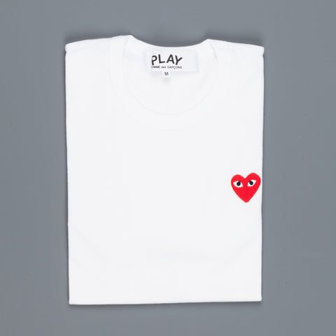 Play Comme des Garçons Tshirt Red Heart White