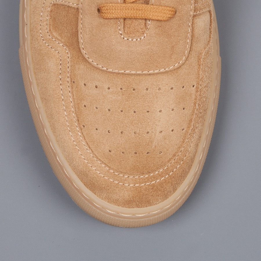 Common Projects BBall Low in suede Amber