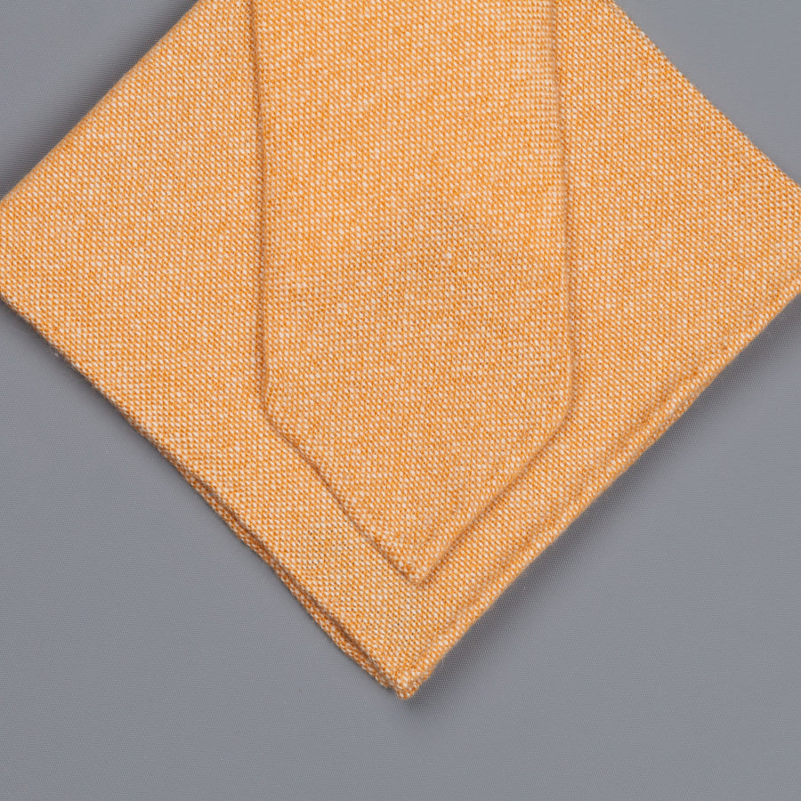 Drake's Cashmere Tie untipped & Pocket Square Match light orange melange