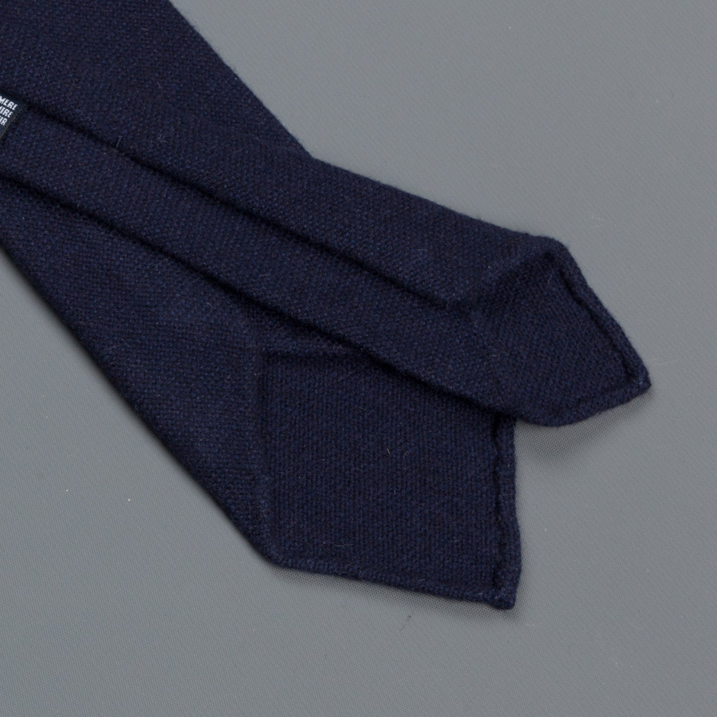 Drakes Cashmere tie untipped navy