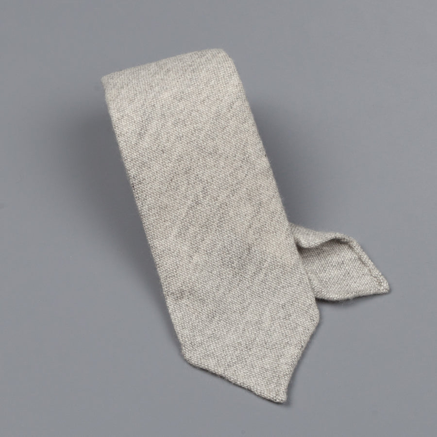 Drake's Cashmere Tie untipped light grey melange