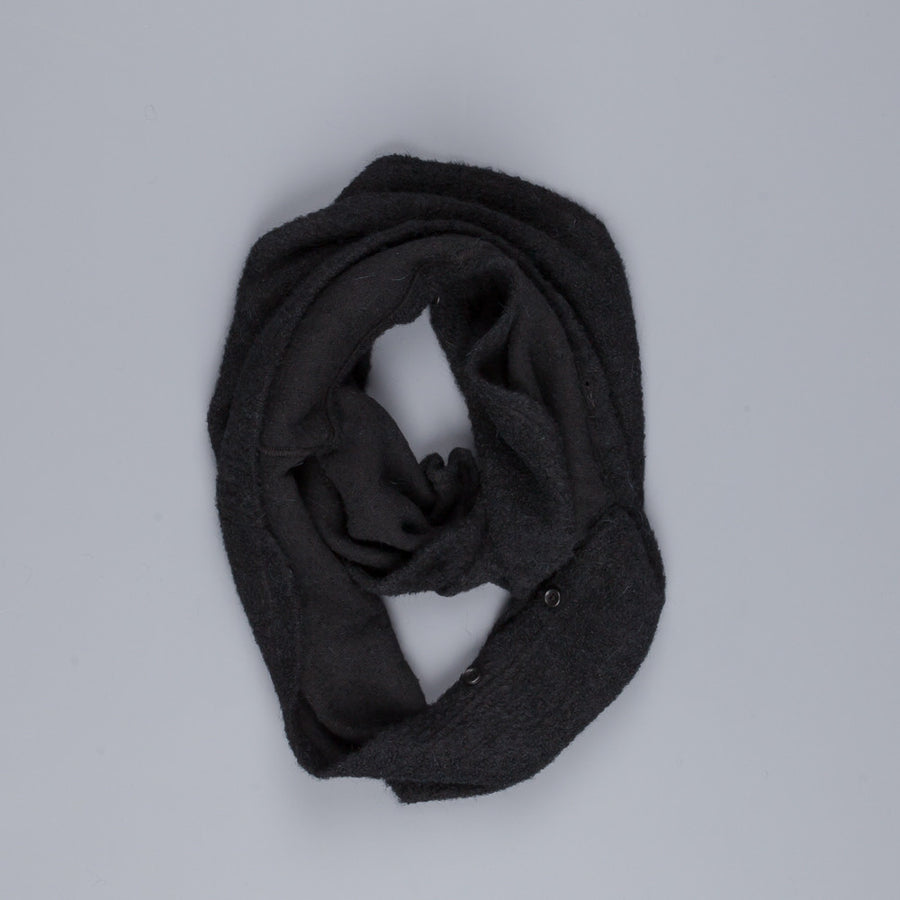Engineered Garments Infinity button scarf black boucle