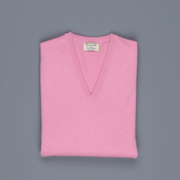 William Lockie Oxton Cashmere V-Neck Mhairi