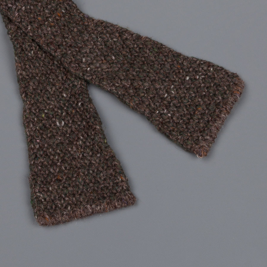 Inis Meáin Moss Stitch bow tie in wool/cashmere color 152