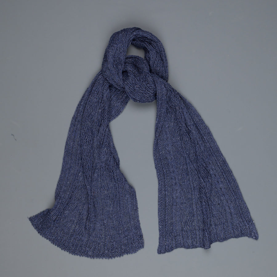 Inis Meáin patented linen Aran Scarf Seal