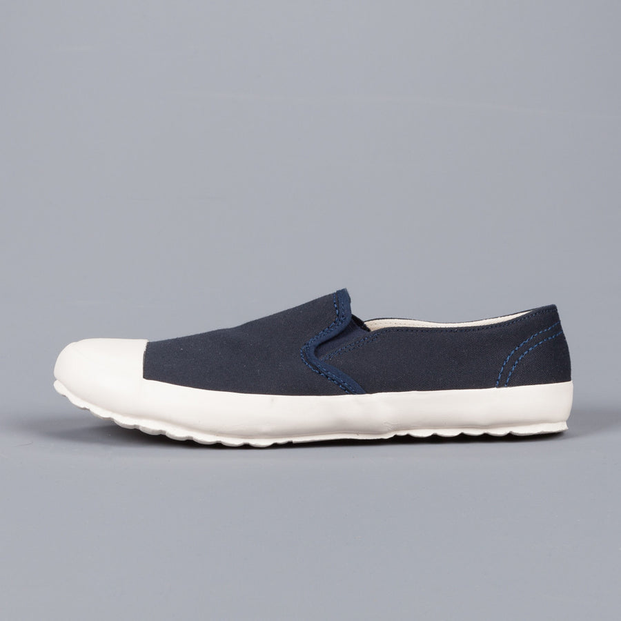 Northsea Clothing MK I slip on deck shoes  Navy White