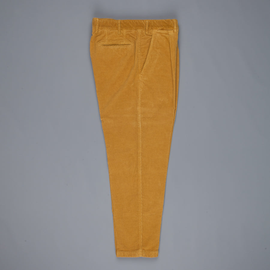 The Gigi Santiago pants Finecord Caramello
