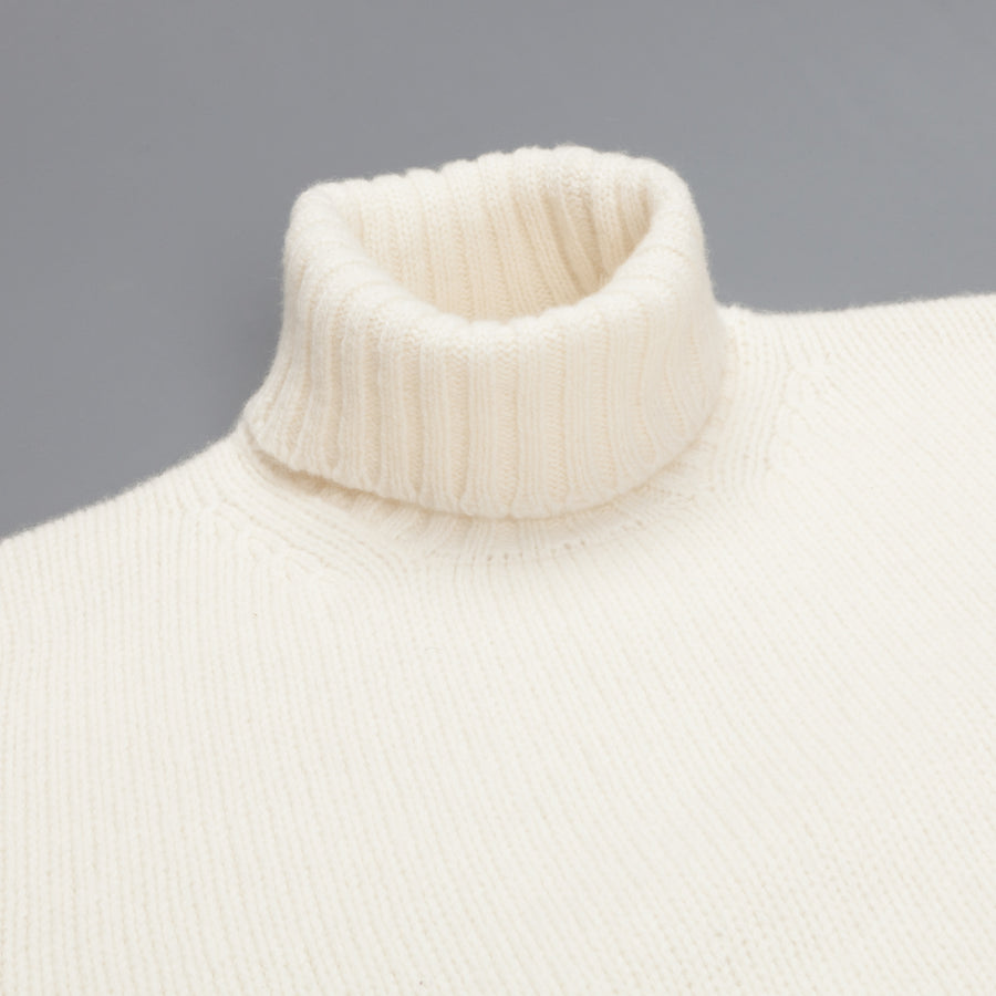 William Lockie Alain Lambswool Roll Neck Ecru