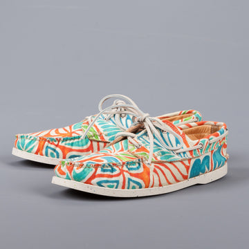 Yuketen Boat shoe 11200M in hawaiian orange printed canvas on eco sole