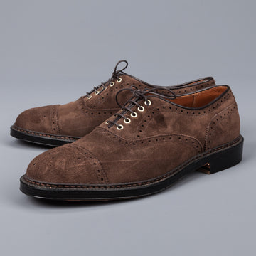 Alden medallion toe 5 eye oxford humus suede