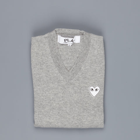 Play Comme des Garçons V-Neck Pullover Light Grey White Heart