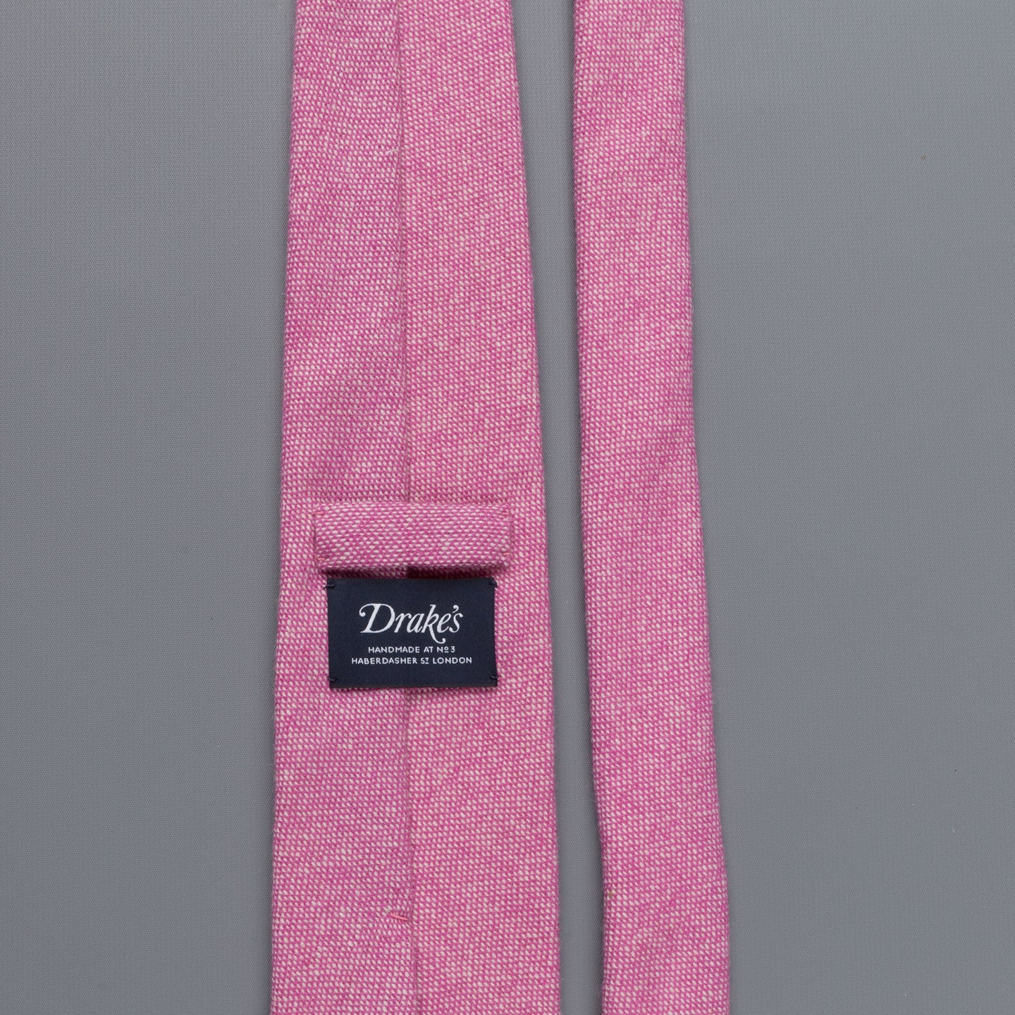 Drakes Cashmere tie, untipped light pink melange