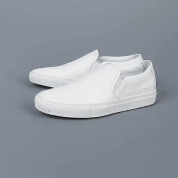 Common Projects Slip on in Leather white