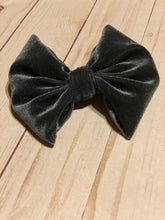 Load image into Gallery viewer, Charcoal Grey Velvet Hair Bow