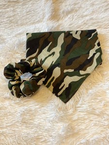 Camo Dog Bandana Mommy and Me Set