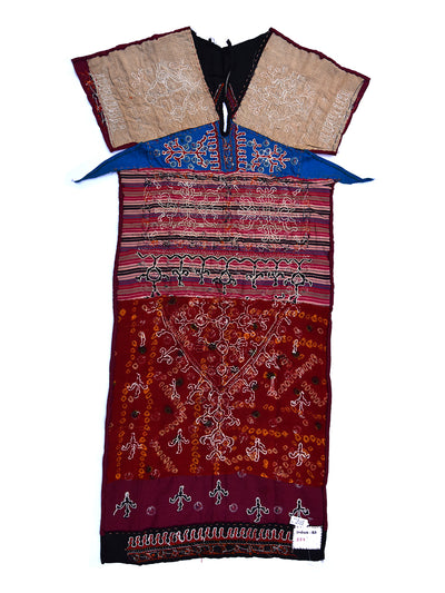 Hand embroidered blouse, Kanjari, Kutch (Gujarat) Mutwa-553 - ahmedabadtrunk.in