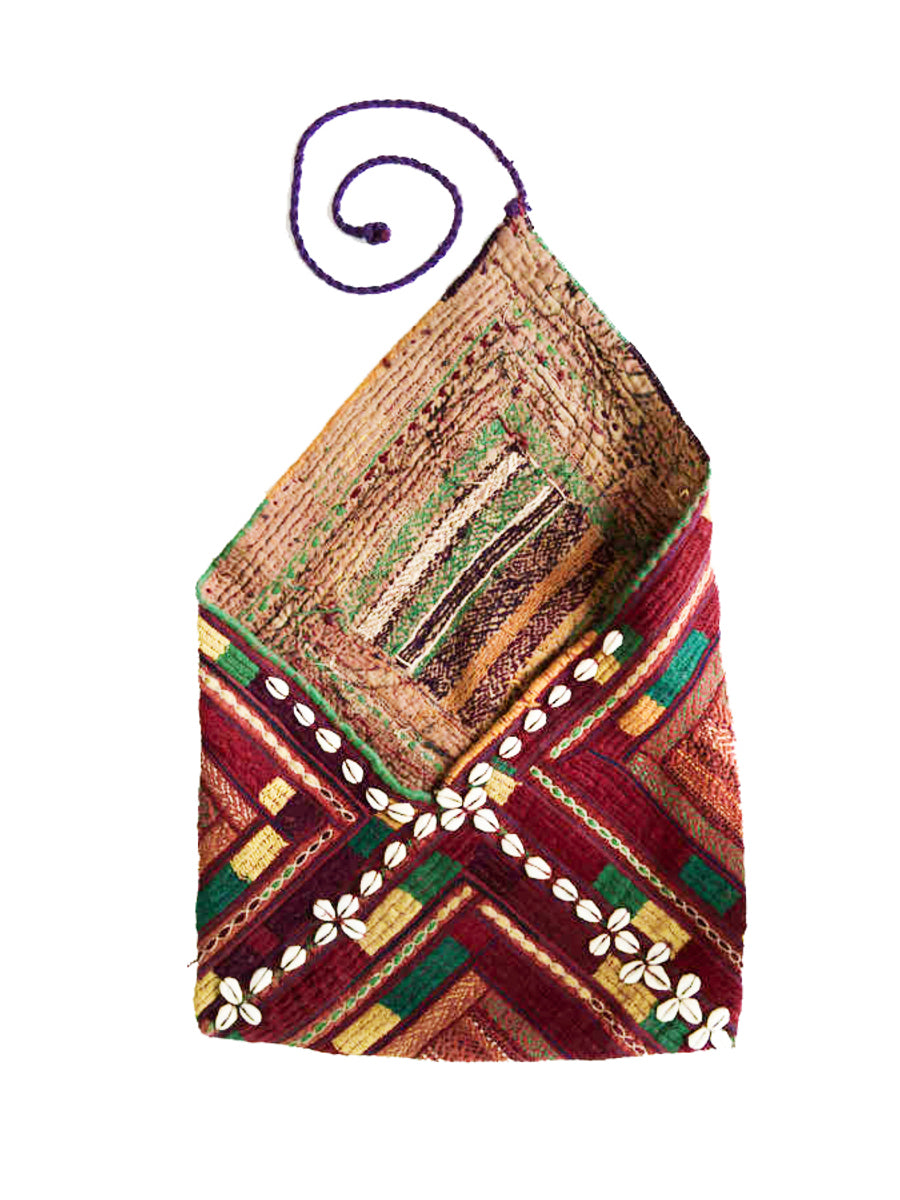 Hand embroidered Banjara Bag, Gujarat Banjara-1880 - ahmedabadtrunk.in