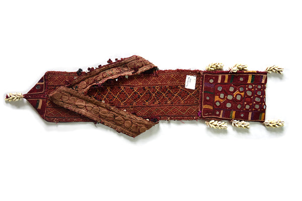 Hand Embroidered Envelop Pouch, Gujarat, Banjara-2326 - ahmedabadtrunk.in